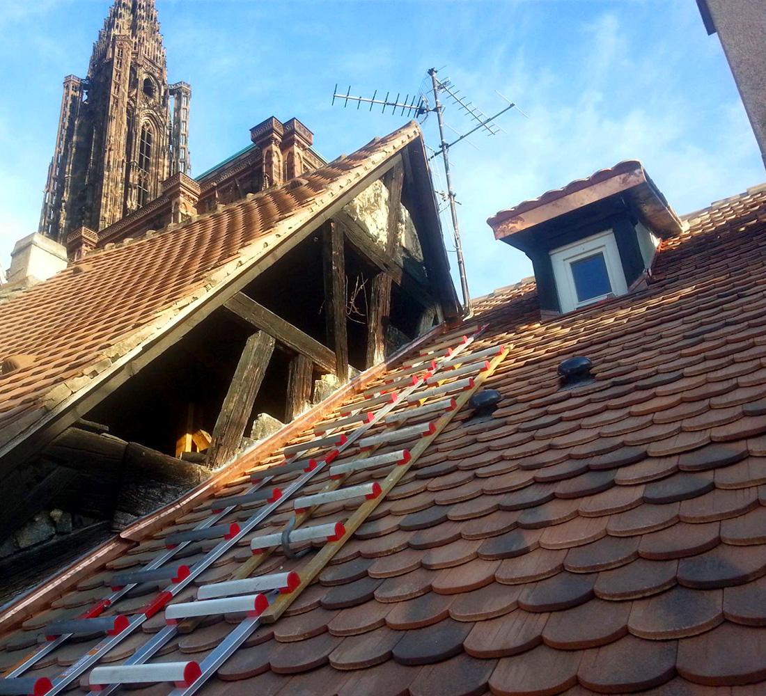 Ravalement Pignon proche Cathédrale Strasbourg Colombages