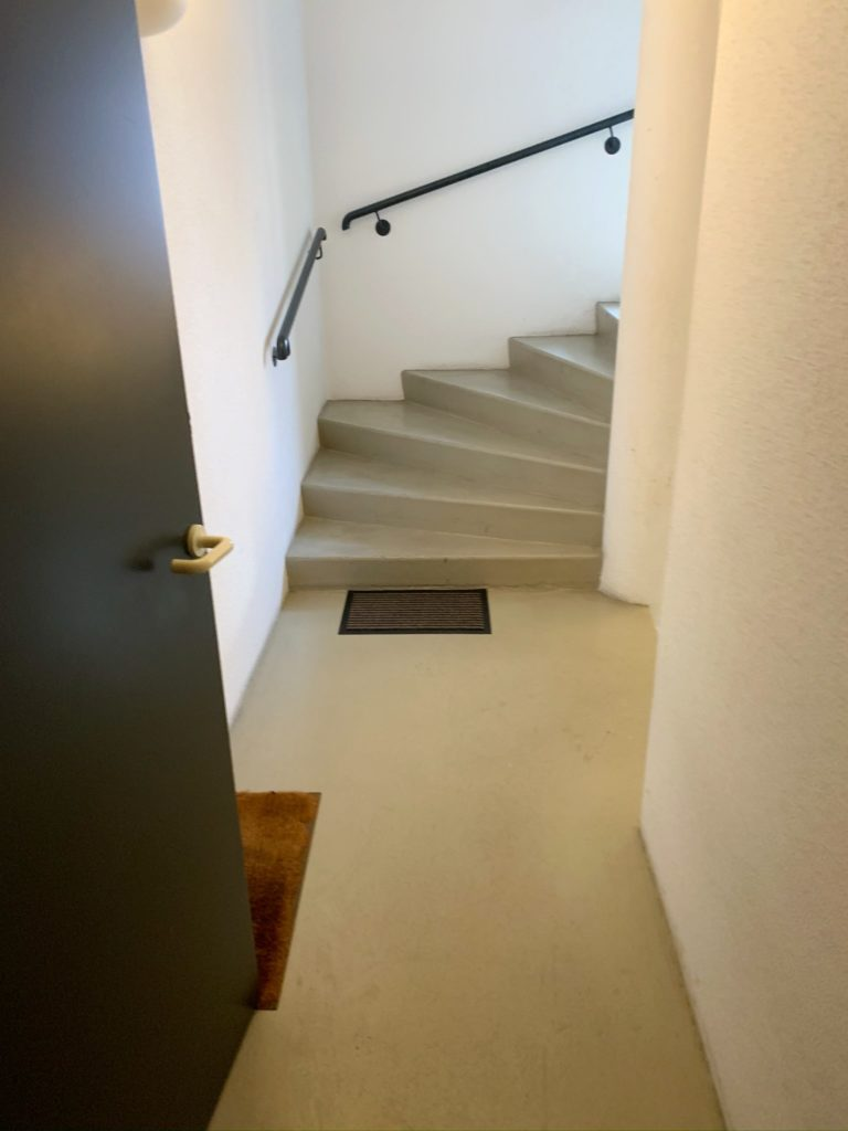 Koenigshoffen Cage d'Escalier Avant (1)